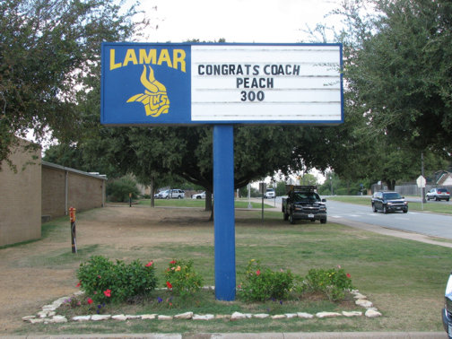 Custom School Signs in Dallas | Hancock Sign Company | Lamar High's Custom Sign